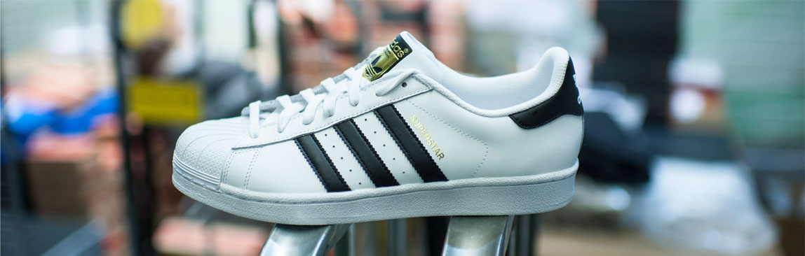adidas Superstar Banner